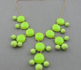Bubble Resin Necklac..
